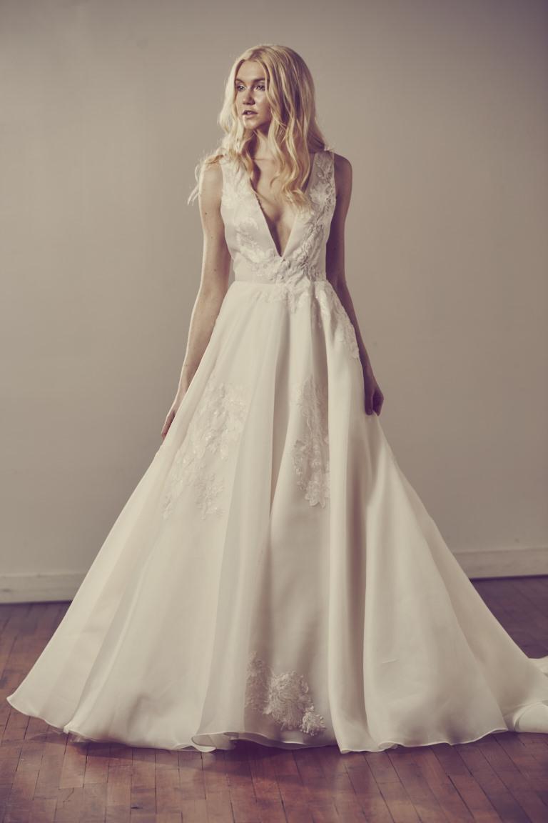 Berni – The White Dress
